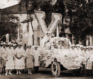 FA09_3662 homecoming parade