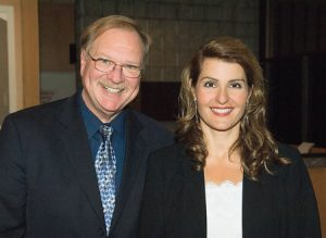 At the 2006 Student Academy Awards, Richard Miller, awards administrator for the academy, poses with actress Nia Vardalos.